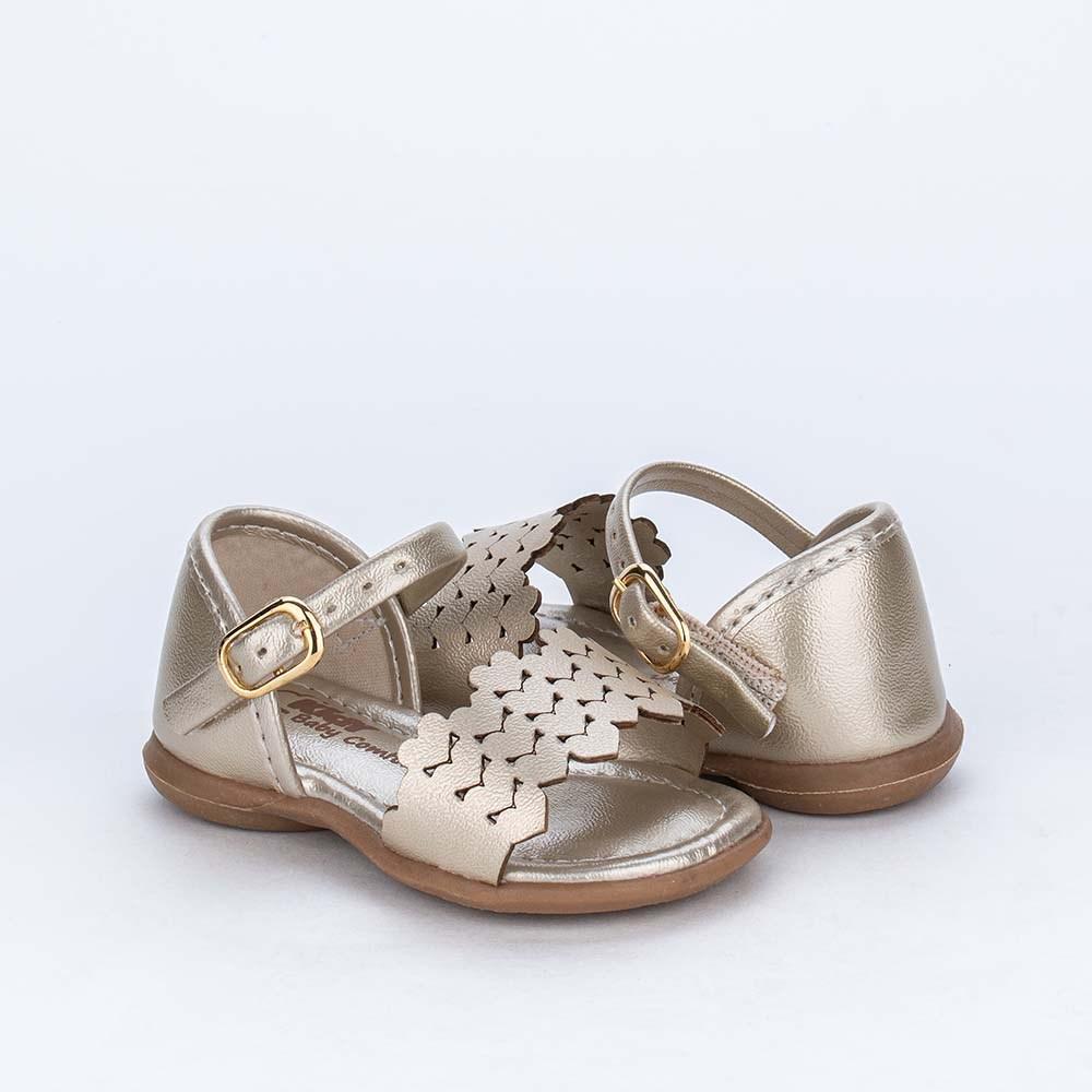 Sandália para Bebê Menina com Corações recortados Dourada