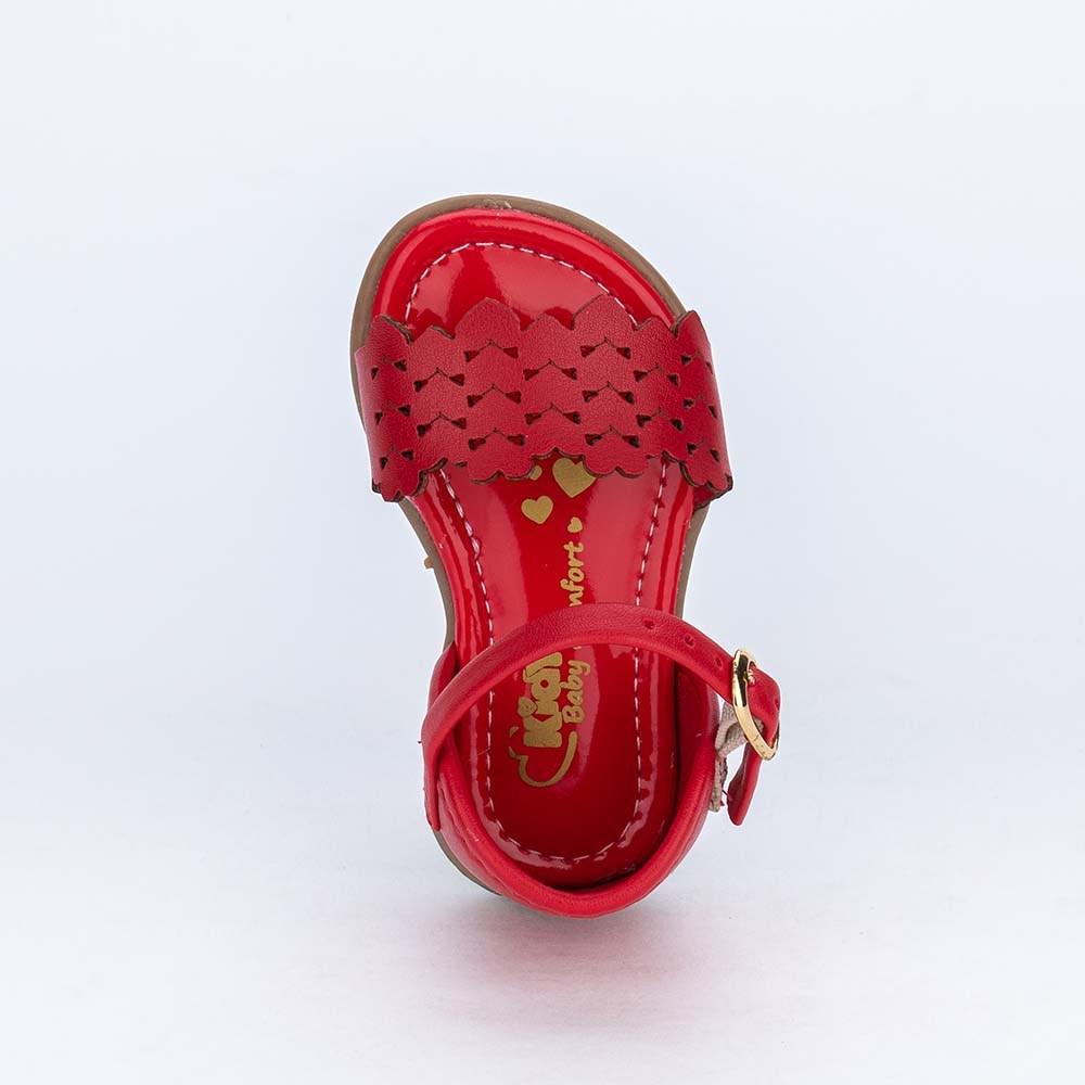 Sandália para Bebê Menina com Corações recortados Vermelha